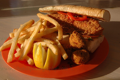 DSC_0003-d-u-fish sandwich