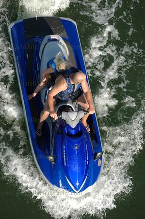 DSC_0074-wave runner