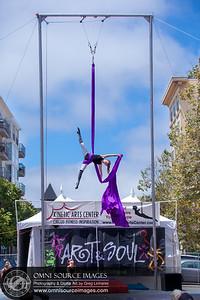 Oakland Kinetic Arts Center Performer