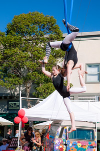 Kinetic Arts Center Performers at Rockridge Out & About Street Festival. Sunday, October 12, 2014 Oakland, CA. http://www.kineticartscenter.com/