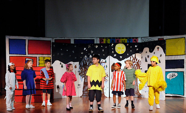 EC-Fourth Grade Play Charlie Brown-2016