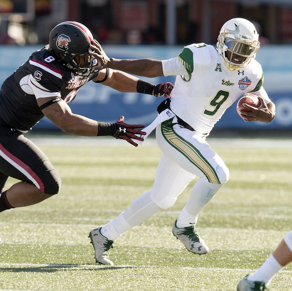 AAC: FBALL: Birmingham Bowl: USF v South Carolina