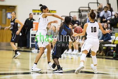 Jaelyn Batts (23), Kamryn Meador  (10), Alysssa Austin (22)