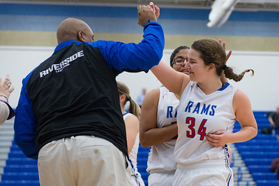 Big win for Riverside girls basketball