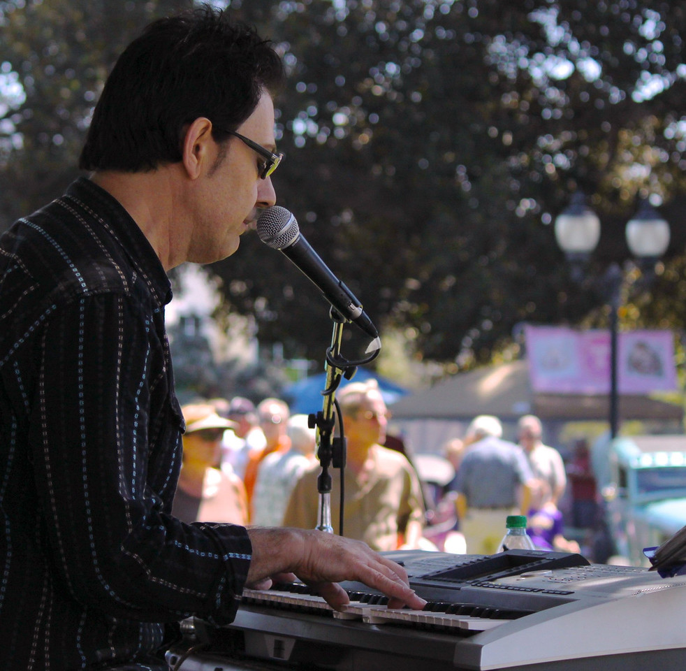 Southern California favorite Tim Buley and his five piece Band launched the live dancing and entertainment portion of Camarillo's third annual Country Music Festival and Chili Cookoff Sunday September fourth at the historic Camarillo Ranch.