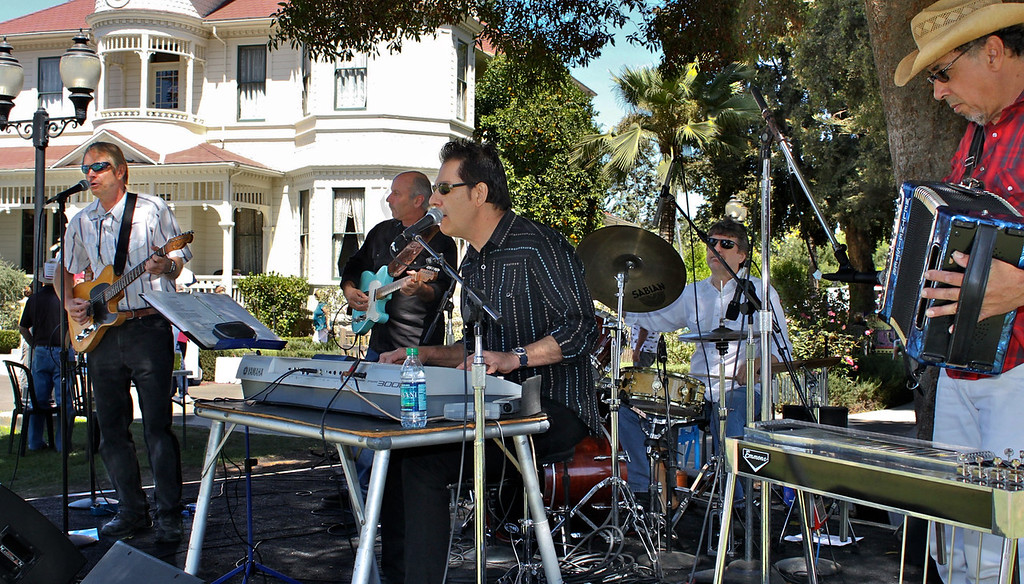 The Tim Buley Band (left to right) Lee Rollag, Steve Wachsman, Tim Buley, Bob Nichols and Bill Flores.<br /> The popular band was back for their third year in a row to lead off the Camarillo Country Music Festival and Chili Cookoff at the Adolfo Camarillo Ranch.
