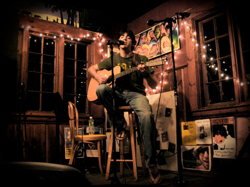Robby Grossman performs at The Lyon's Den
