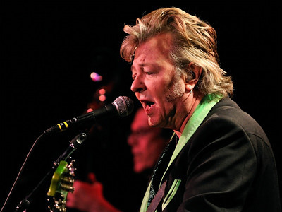 Brian Setzer, Showbox at the Market, Seattle, 22 Dec 2011