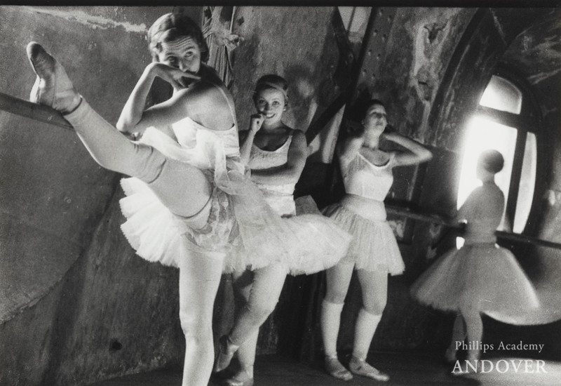 Lucien Aigner, Ballet practice at the Grand Opera, Paris, 1934. Gelatin silver print, 9 7/16 × 13 9/16 in. (24 × 34.5 cm)