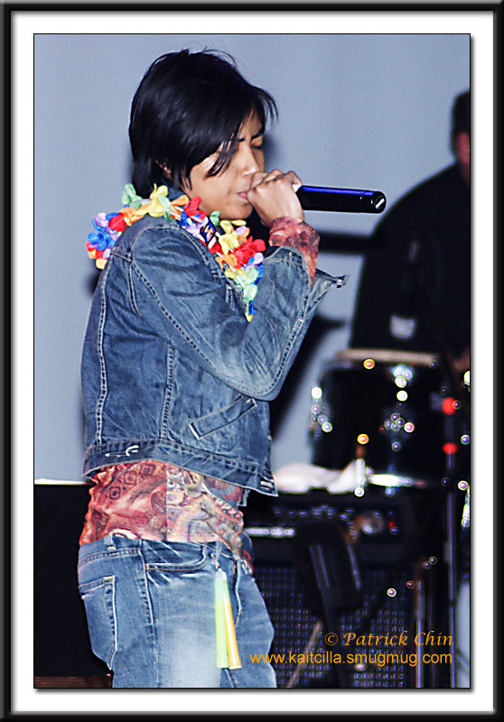 Thein Dan's younger daughter performing one of her father's songs.