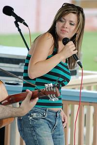 Jennifer Lynn Concert-07 (82652550)