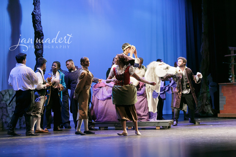 JMadert_PR_Cinderella_Wednesday_2016_019