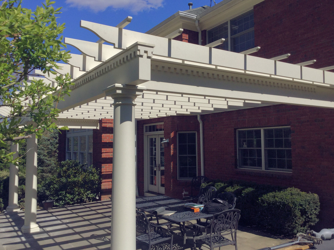 190 - Briarcliff Manor NY - Pergola with Dentil Work