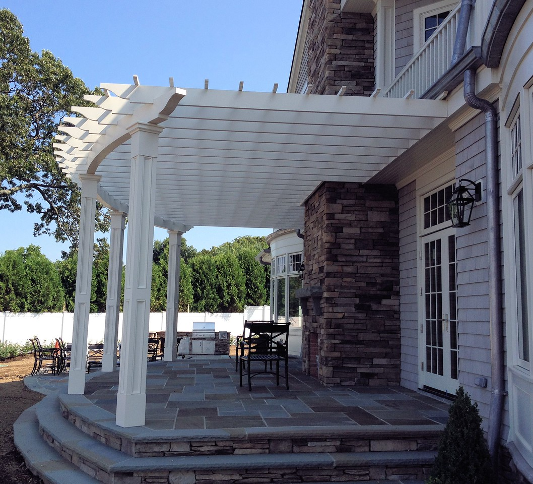 286 - Laurel Hollow NY - Arched Beam Pergola