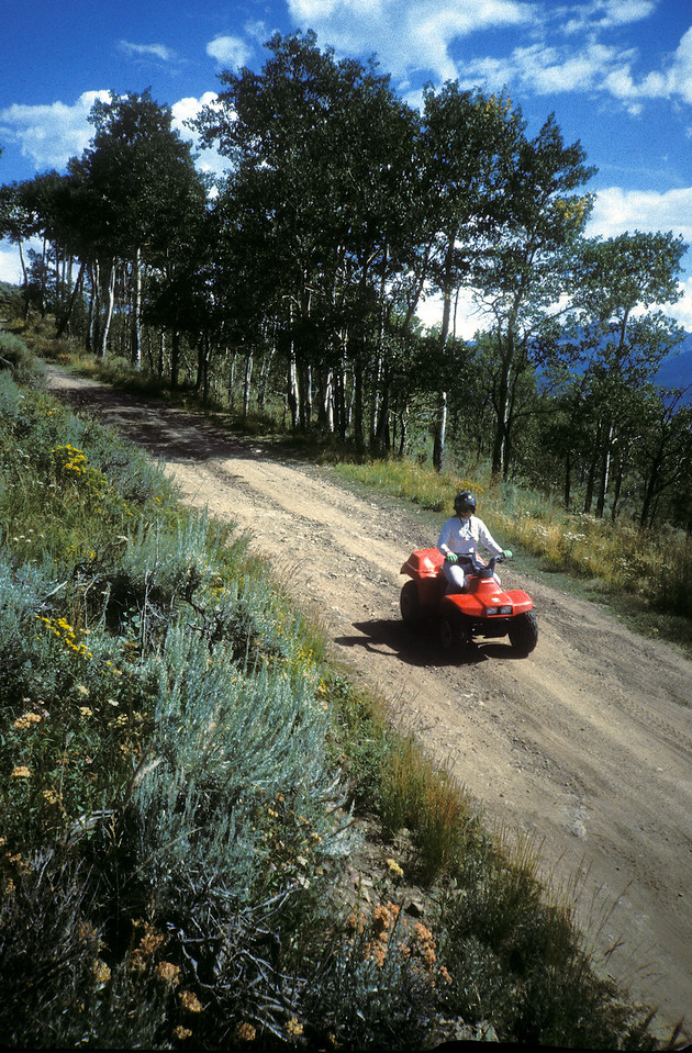 Administration: Colorado: State Recreational Trails Committee