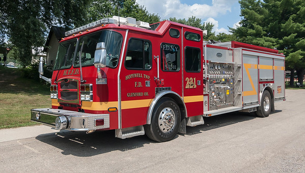 Hopewell Twp Fire Dept E-221 2006 E-One Typhoon 1250-1000 20 Class A a