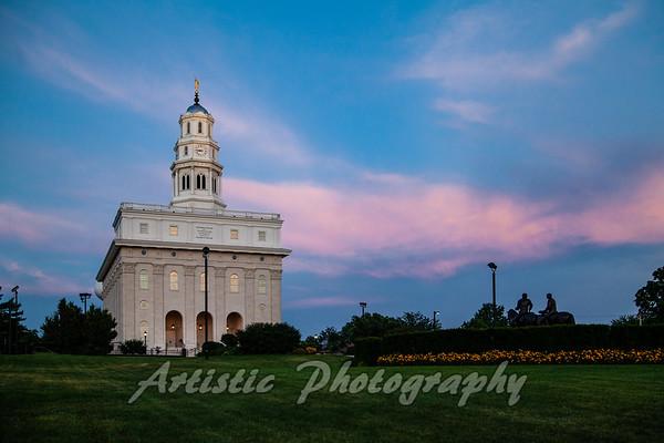 Navoo  LDS Temple