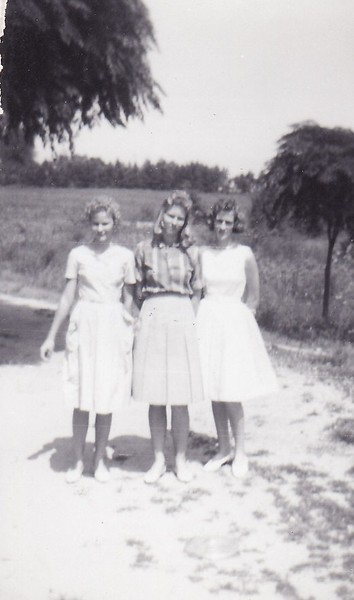 3 sisters- joyce, fannie mae, linda