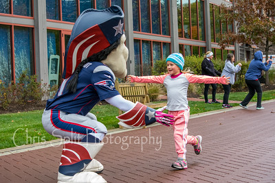 pat patriot hug-2