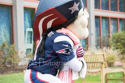 pat patriot hug-7