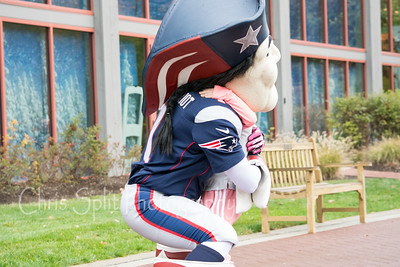 pat patriot hug-6