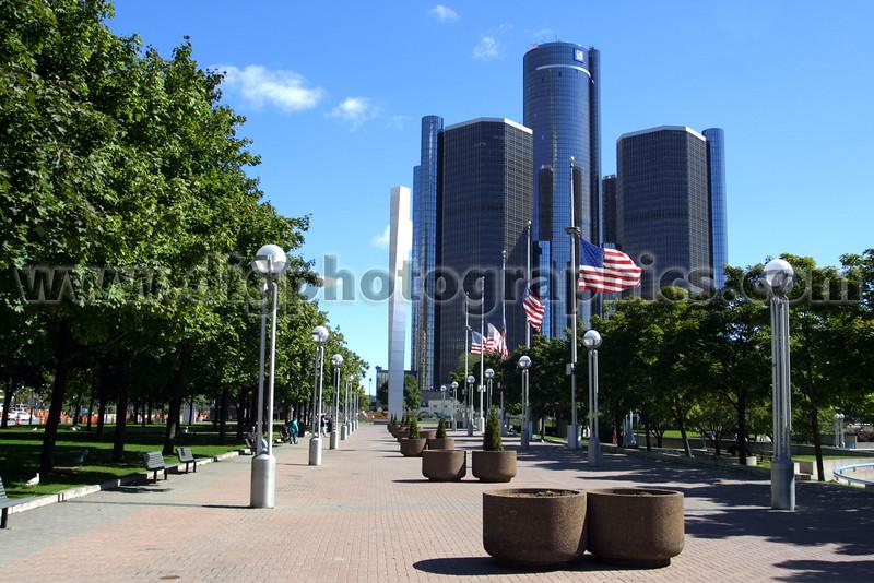 Detroit-2M