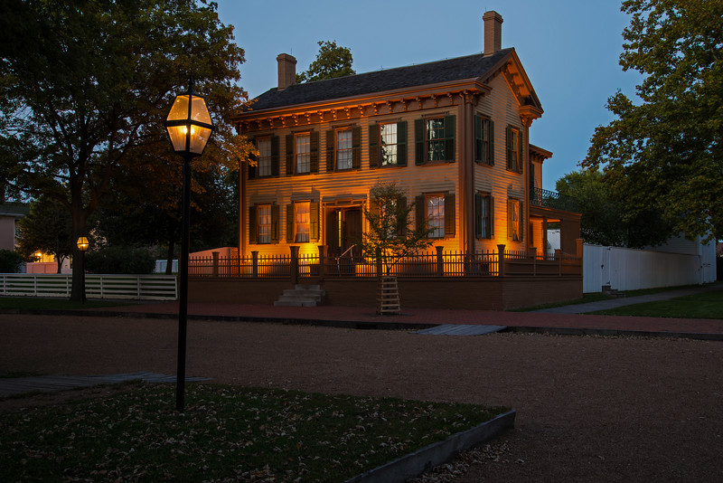 From The Gallery 'Midwest Region' the photo 'Abraham Lincoln's Home (VI)'.