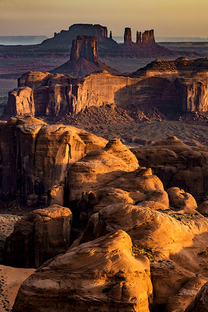 Hunts Mesa sunrise, Navajo reservation, Arizona