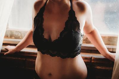 SuzysSnapshots_SarahBoudoir-9233