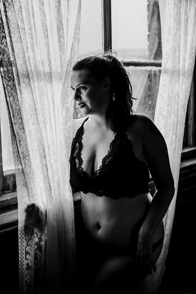 SuzysSnapshots_SarahBoudoir-9170-2