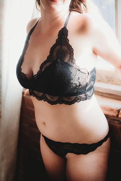 SuzysSnapshots_SarahBoudoir-9239