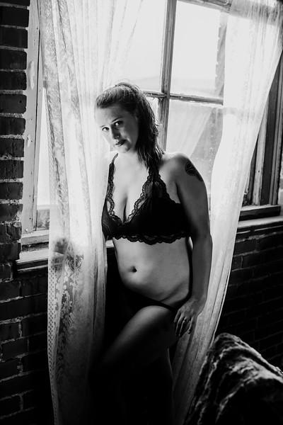 SuzysSnapshots_SarahBoudoir-9145-2