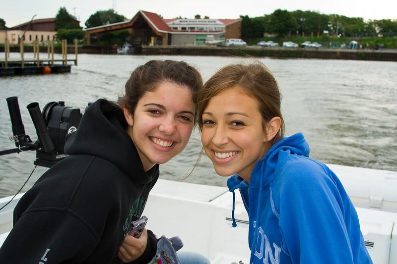 Las dos amigas ready for battle! (Erin - Jocelyn's friend and Jocelyn)