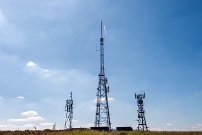 Mynydd Machen views -02 Transmitter masts