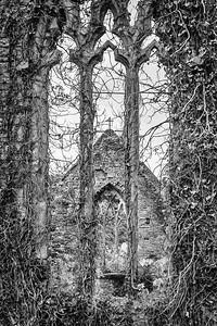 The Church of St Mary the Virgin in Tintern 08