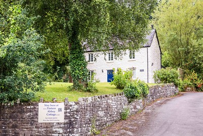 Tintern Abbey Cottage in Tintern, South Wales 03