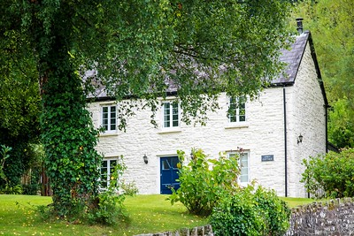 Tintern Abbey Cottage in Tintern, South Wales 07