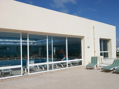 The sun deck outside the swimming pool