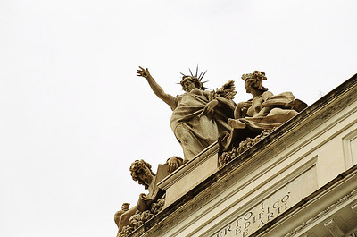Friday_Beautiful_Statue