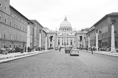 Friday_Popeworld_From_outside_2