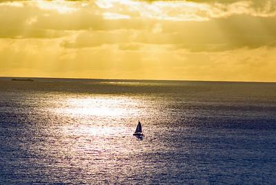 Shimmering Ocean in Hawaii