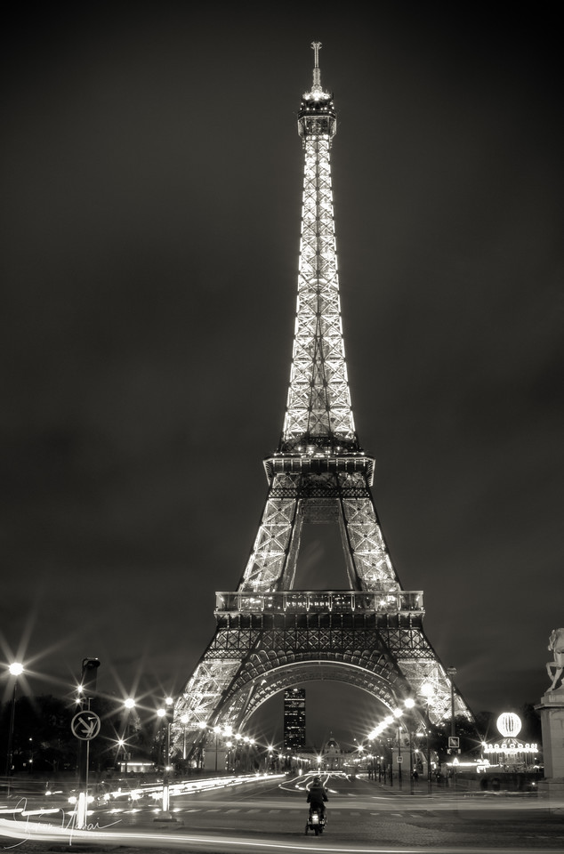 Night over the Eiffel Tower, Paris, France