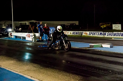 Motorcycle drag racing at Richmond Dragway