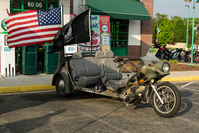 Richmond Quaker Steak & Lube 05-07-2014