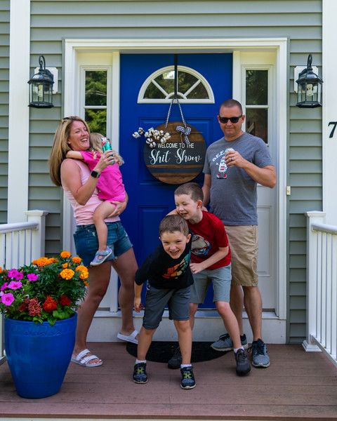 Putnam Family     Welcome to the Shit Show