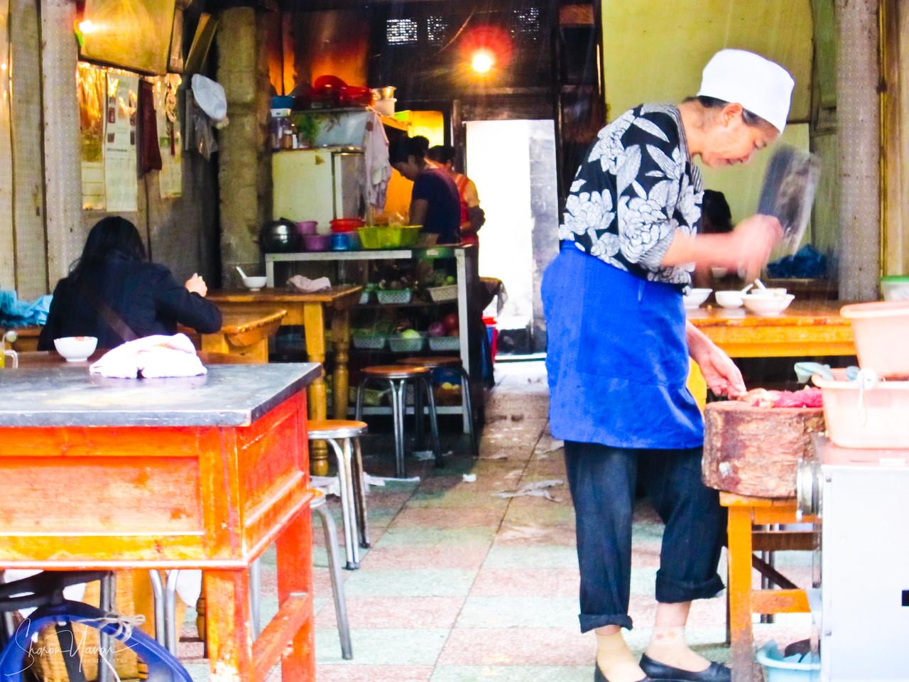 השוק בעיר העתיקה, דאלי