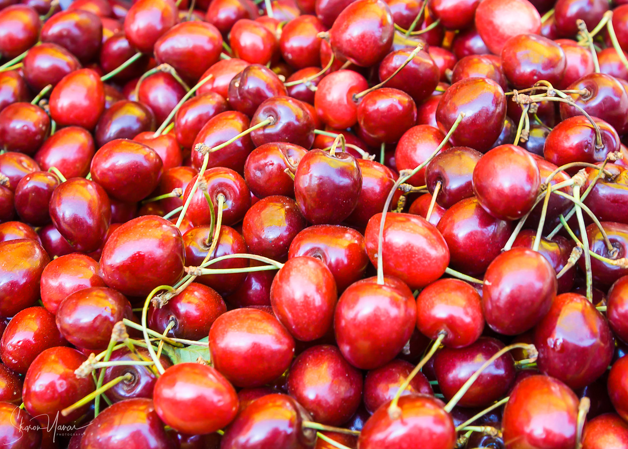 Cherries on the market, Trabzon, Turkey