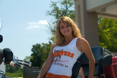 090509_Hooters Chester_0028