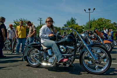 Hooters Fredericksburg_092009_0011