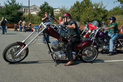 Hooters Fredericksburg_092009_0065